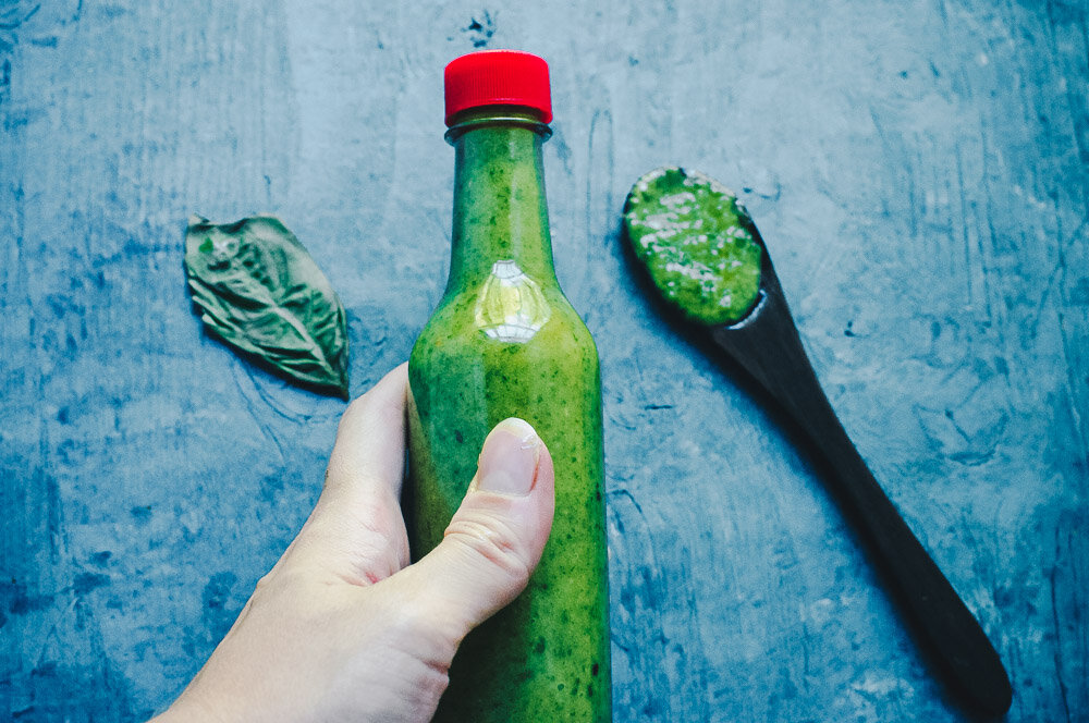 How to Make Basil Vinaigrette made with basil, onion, garlic, mustard, vegan mayo, vinegar, olive oil and spices for a quick, easy, healthy, creamy and delicious salad dressing recipe perfect for salads, soups, bread, pasta — you name it! Low-carb and keto diet friendly! #basilvinaigrette #basildressing #ketovinaigrette