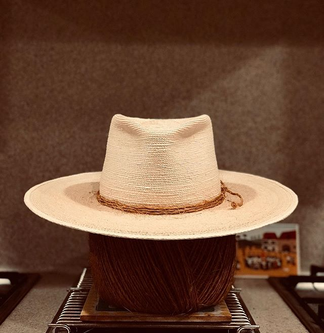 Sombrero La Tortuga . . . . . . . . . . . . . . . . TORTOISES ARE TERRIFIC #altacalifornia #californio #hijosdelpaís #handshaped #sombrero #adventure #hat #50upf #rainorshine #magic