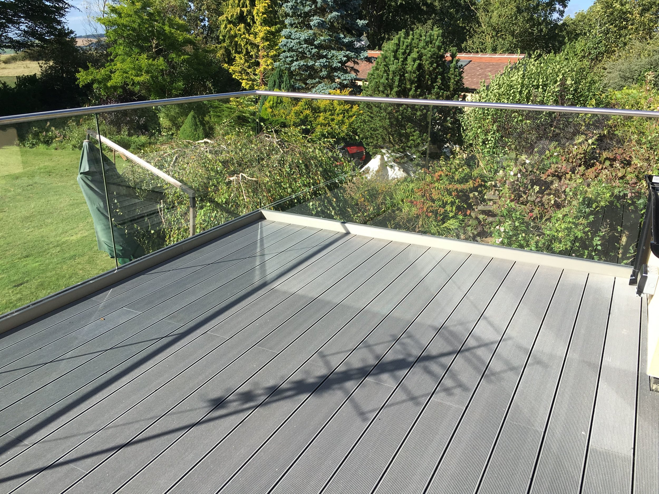 - Stainless Steel & Glass Balustrades, Balconies & Banisters