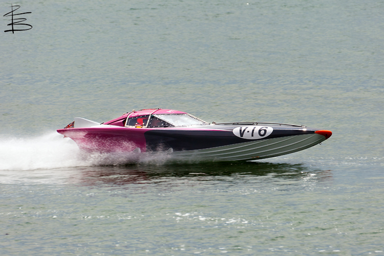 powerboats144750.jpg
