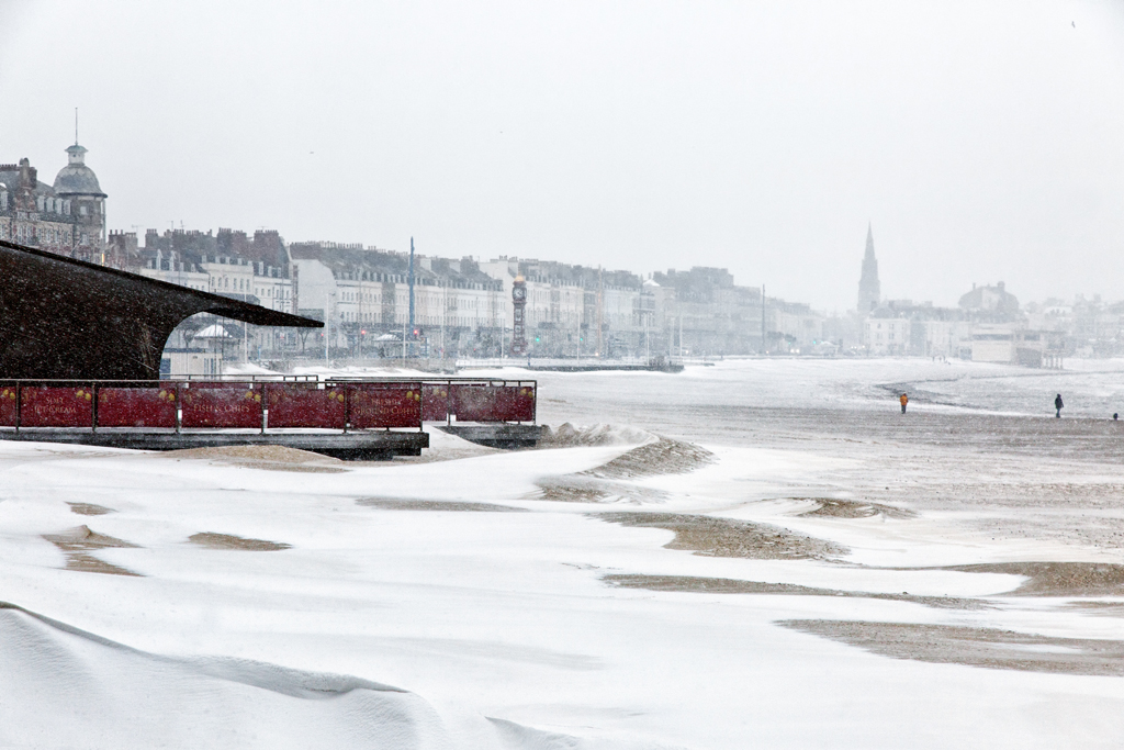 Seaside in the Snow