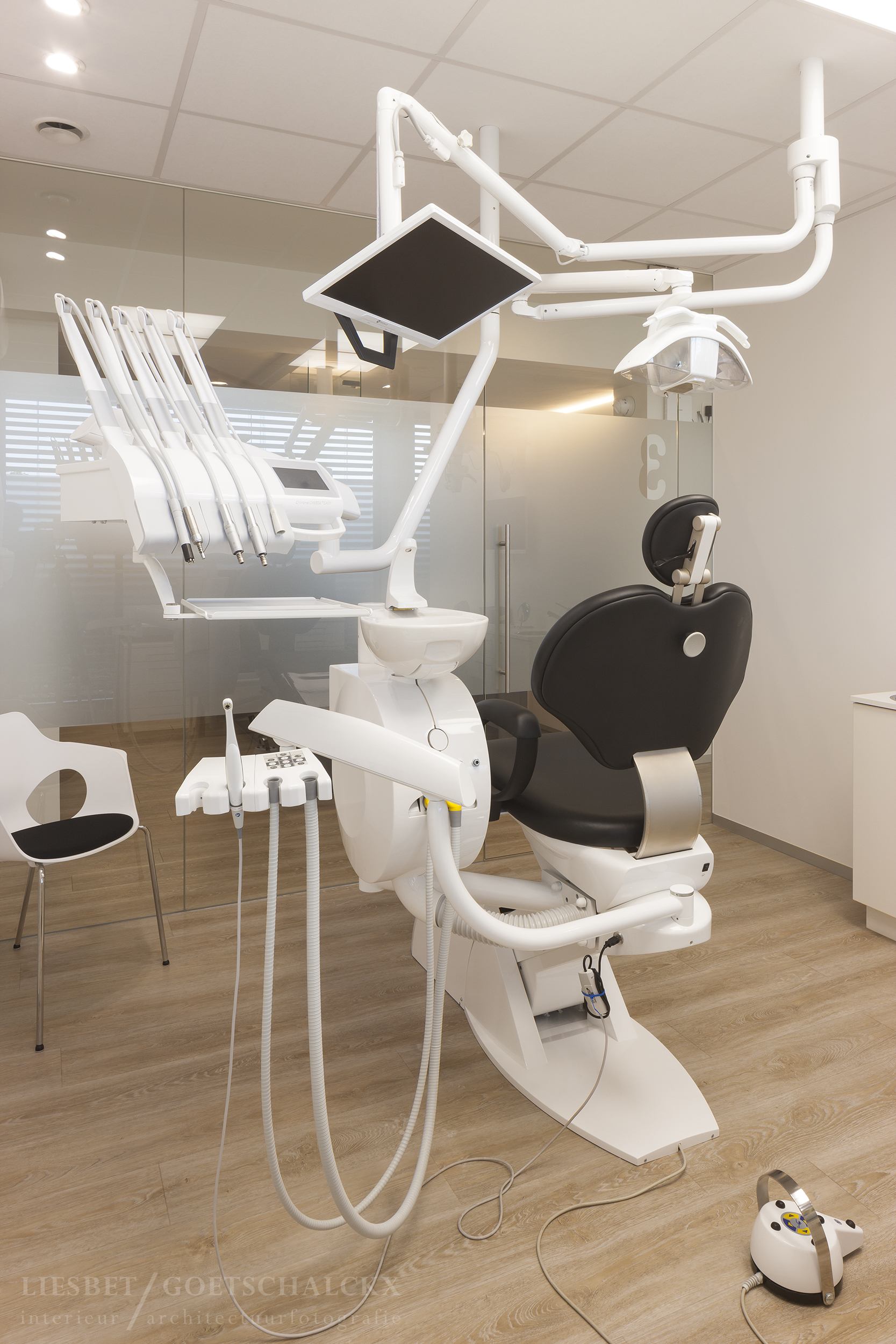 LG-Beneens-tandartspraktijkBosuil-Deurne_72dpi_watermerk-9.jpg