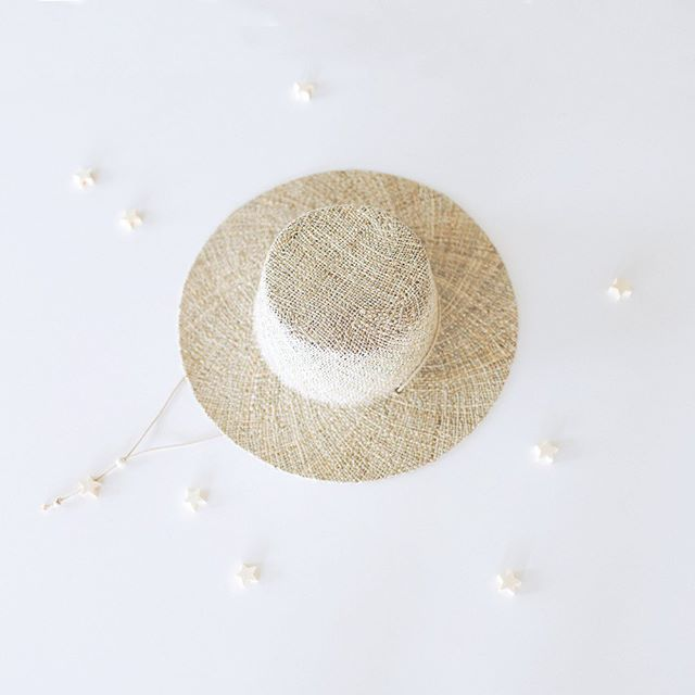 I spy with my little eye... ☾ Our seagrass hat has been the most favorited hat this season✨ What types of sunhats do you want to see next spring/summer? We have some designs in mind already but also want to hear from you!