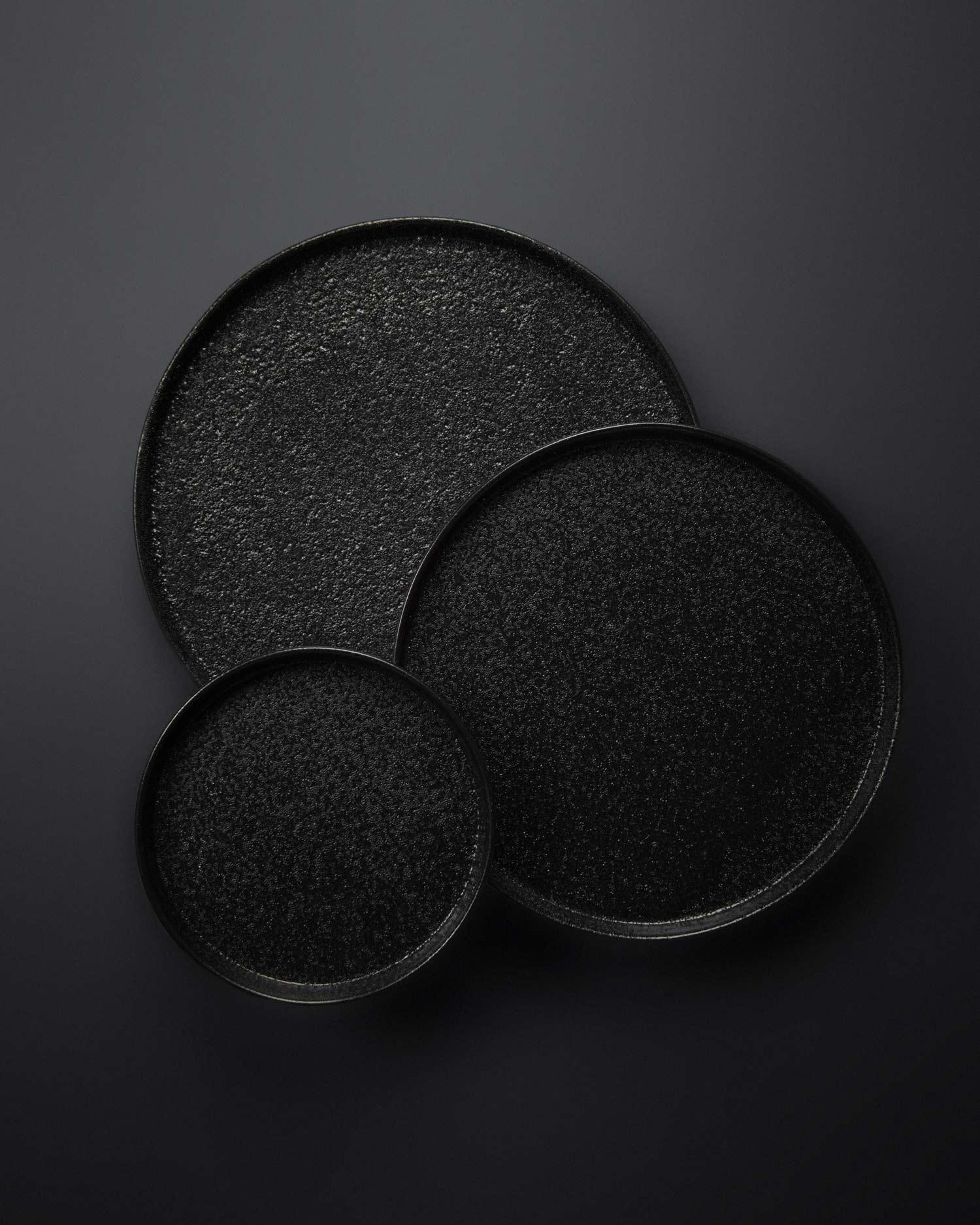svart-yuzu-plates-1.jpg