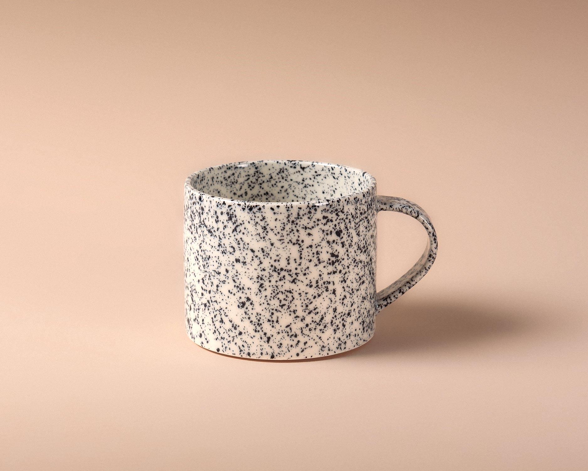 nebolusa-tea-cup-black-1-pp.jpg