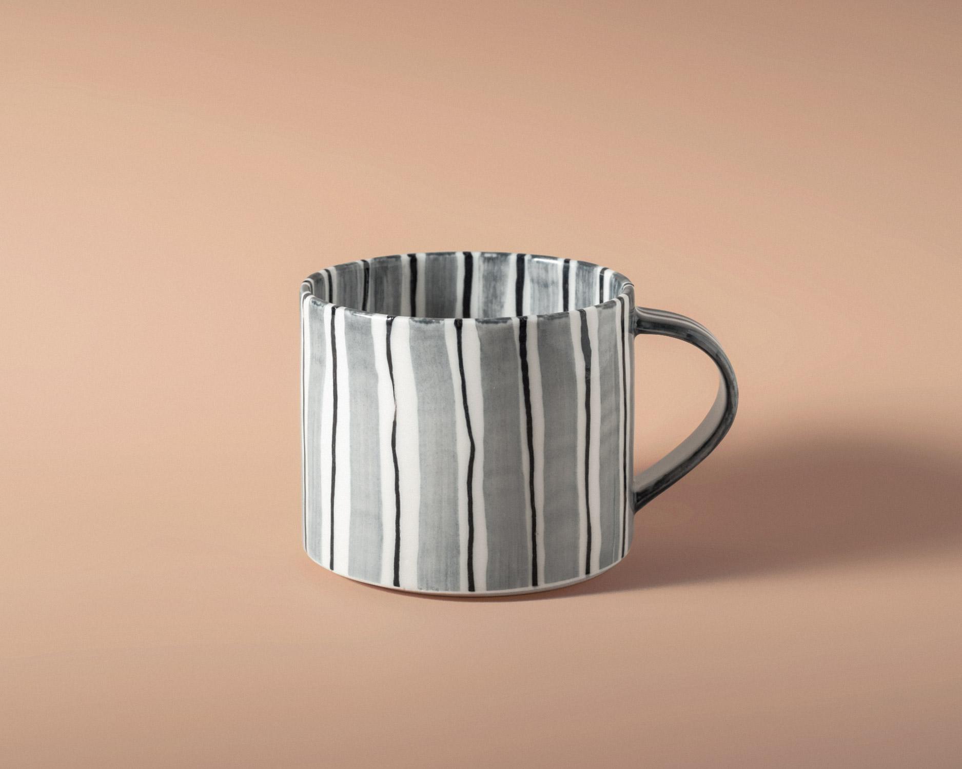 folkdrakter-tea-cup-1-pp.jpg