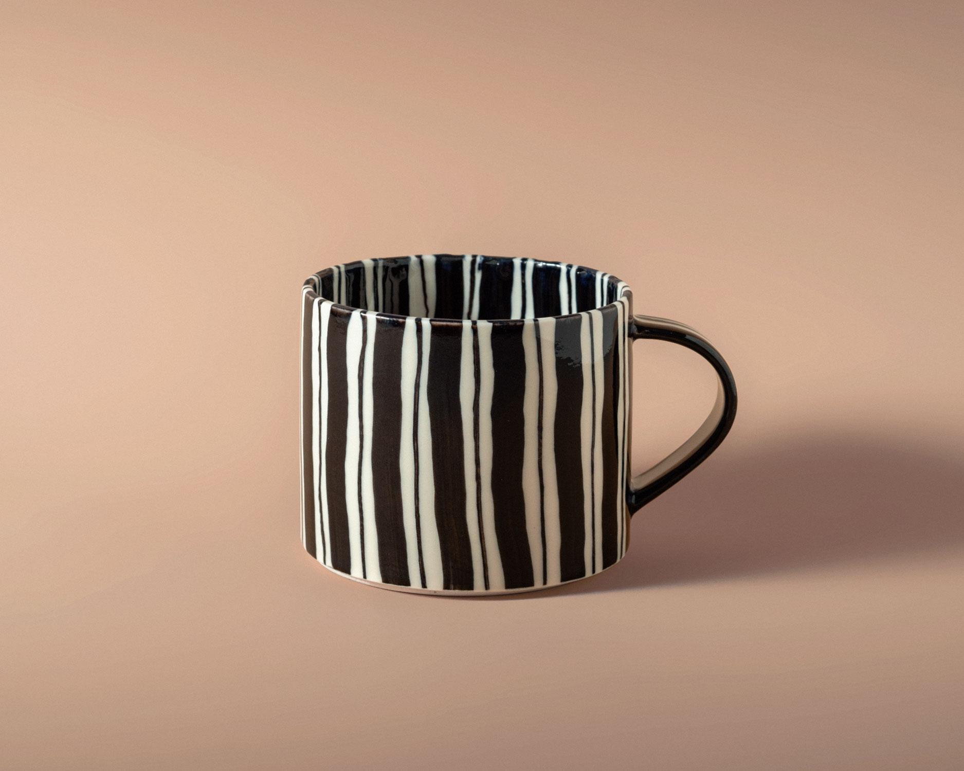 folkdrakter-tea-cup-2-pp.jpg