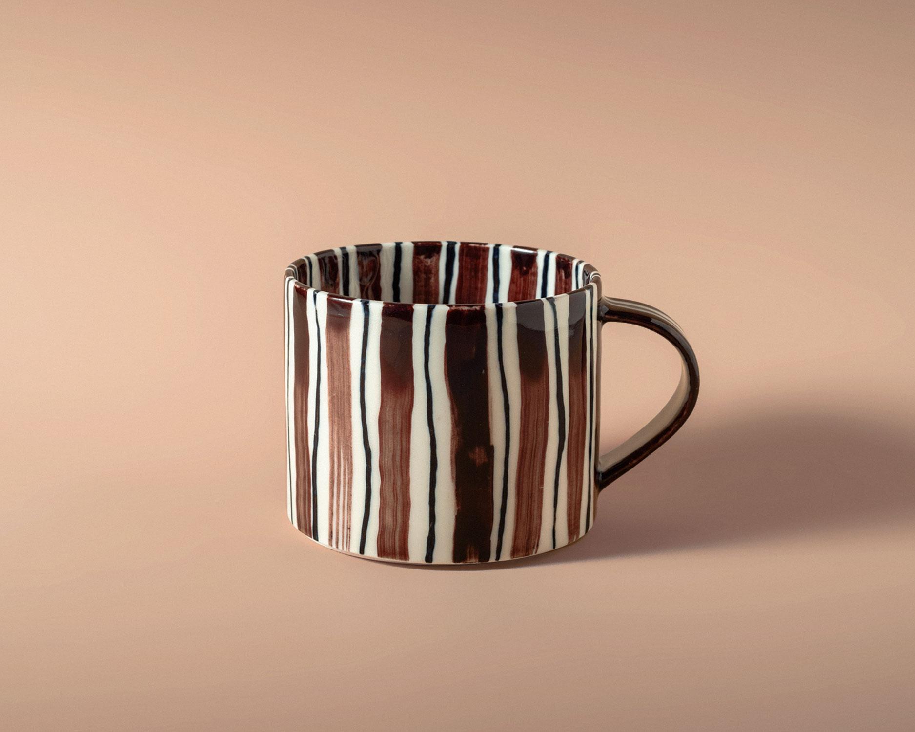 folkdrakter-tea-cup-4-pp.jpg