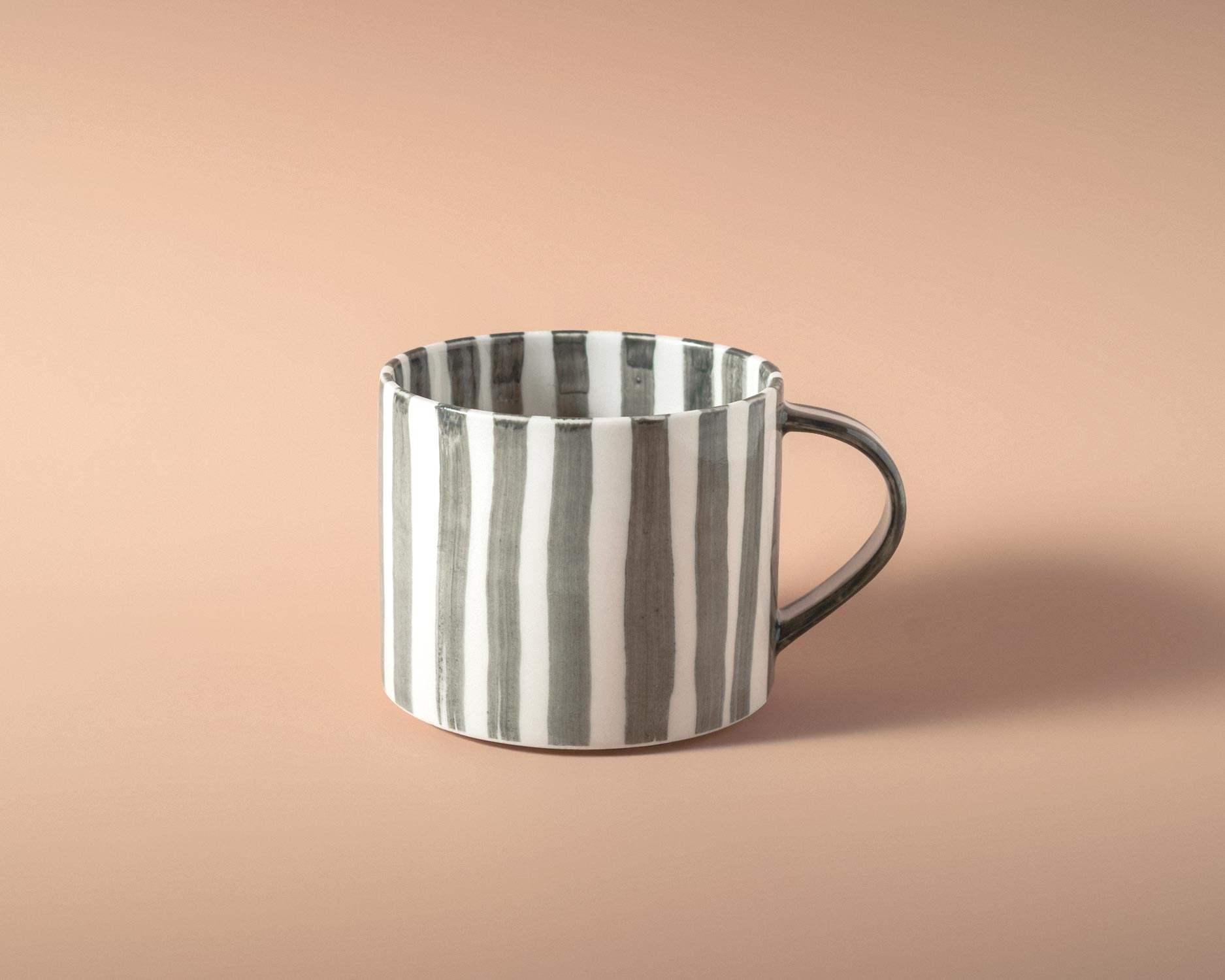 kalligrafi-tea-cup-gray-pp-5.jpg