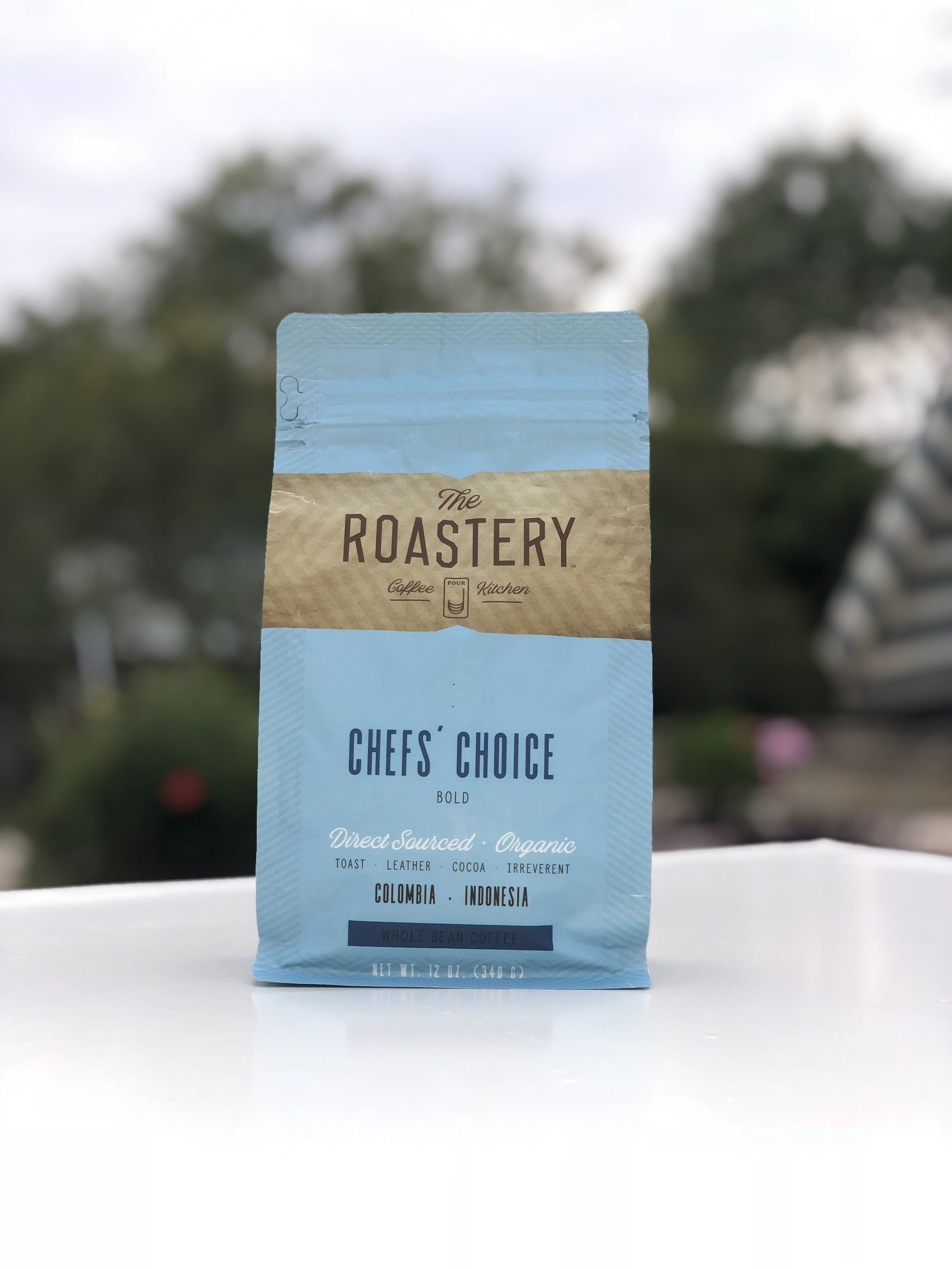 CHEFS' CHOICE - We wanted a coffee with a strong, bold foundation—and one that could hold its own. A chef's palate is demanding when it comes to coffee that calls for a bolder, richer profile. This coffee blends an irreverent roast with sweet balance and uses the highest quality specialty coffee, which is a crucial element for our demanding roast style. We source beans from producers and farmers who care for their coffee from seeding to bean with consistency and patience.The volcanic soils of Indonesia create a bean that allows for an intense roasting process and results in a viscous body and gorgeous oils. Balanced by the light citrus acidity of a Colombian bean, we've created this signature taste profile. Find an irreverent blend of toast, leather and sweet cocoa in every cup.