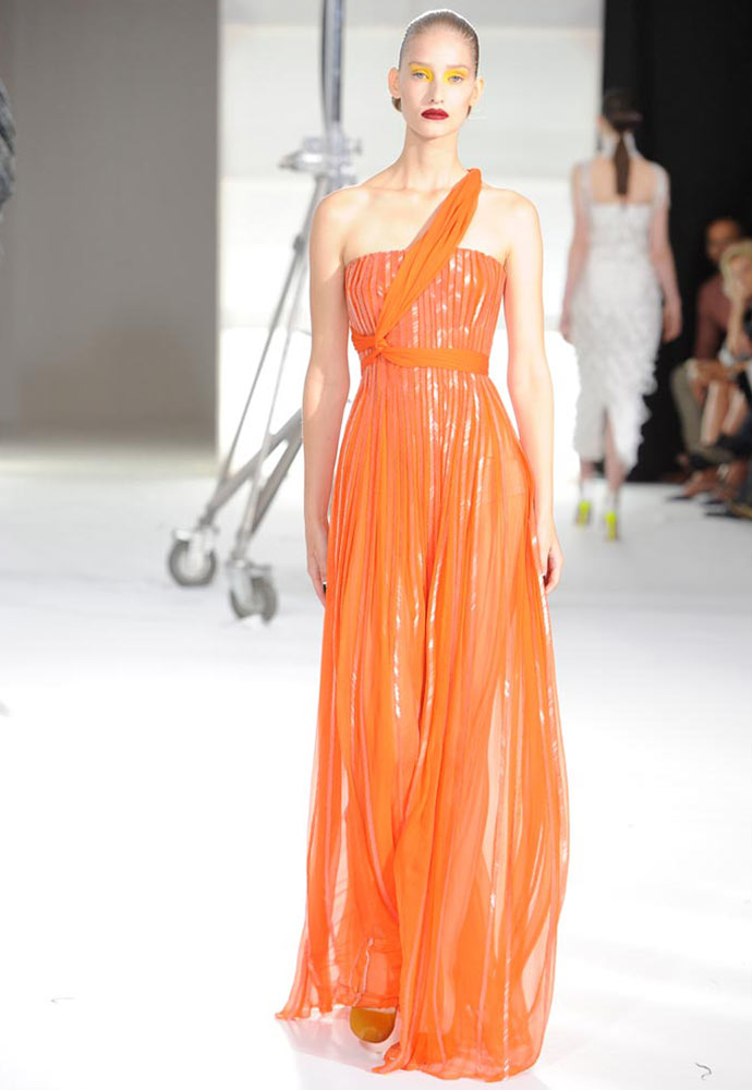 HERRINGBONE STRAPLESS GOWN WITH DRAPE DETAIL