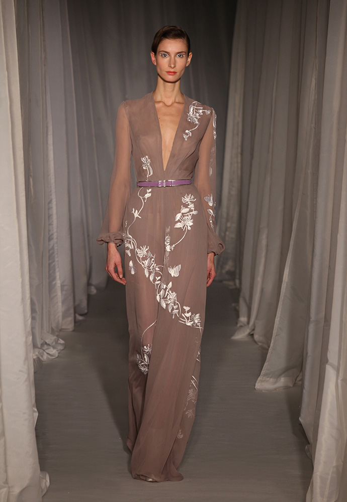 Mauve chiffon jumpsuit with white honeysuckle silk embroidery with slim lilac shagreen belt