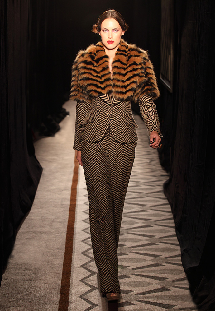 Jacket in hand-woven tweed and fox with trouser in hand-woven tweed