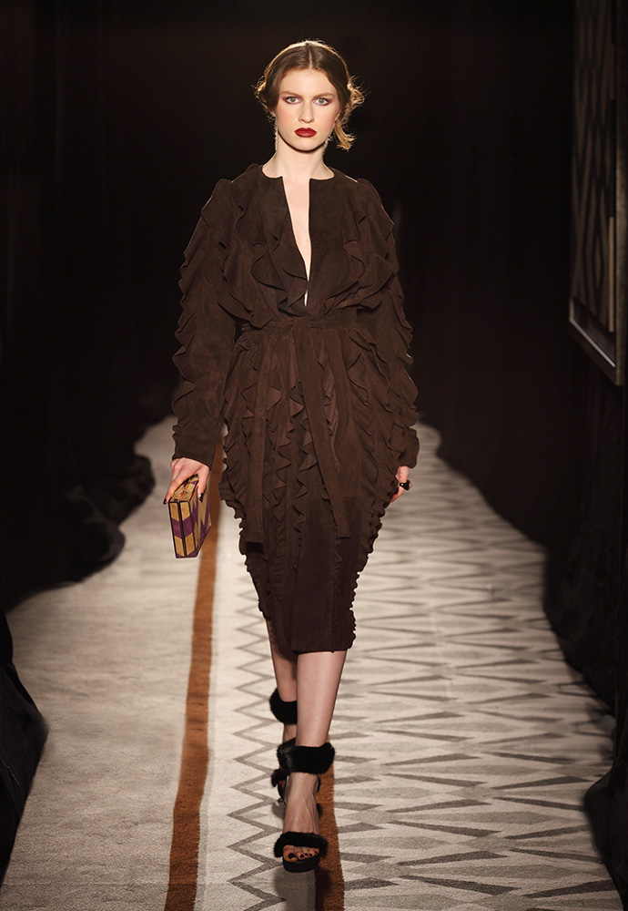 Mahogany flounce coat in suede