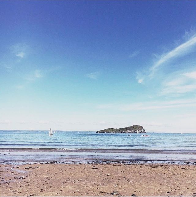 This is soon to be our view again. Yes big changes for Team Kerr as we move back to East Lothian. ⠀ 🏠 ⠀ August has been the craziest month of deciding to move, selling our house, finding a new house, organising a rental and just a few other things to! Perfect with a newborn & toddler in tow! ⠀ 🏠 ⠀ More on the blog about our move- click the link in bio⠀ .⠀ .⠀ #movinghouse #relocating #kerrsinthedeen #kerrsatthecoast #newchapter #eastlothianadventures #goodbyeaberdeen