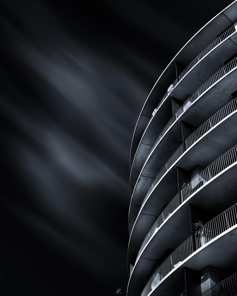 Tjuvholmenroundbuilding.jpg