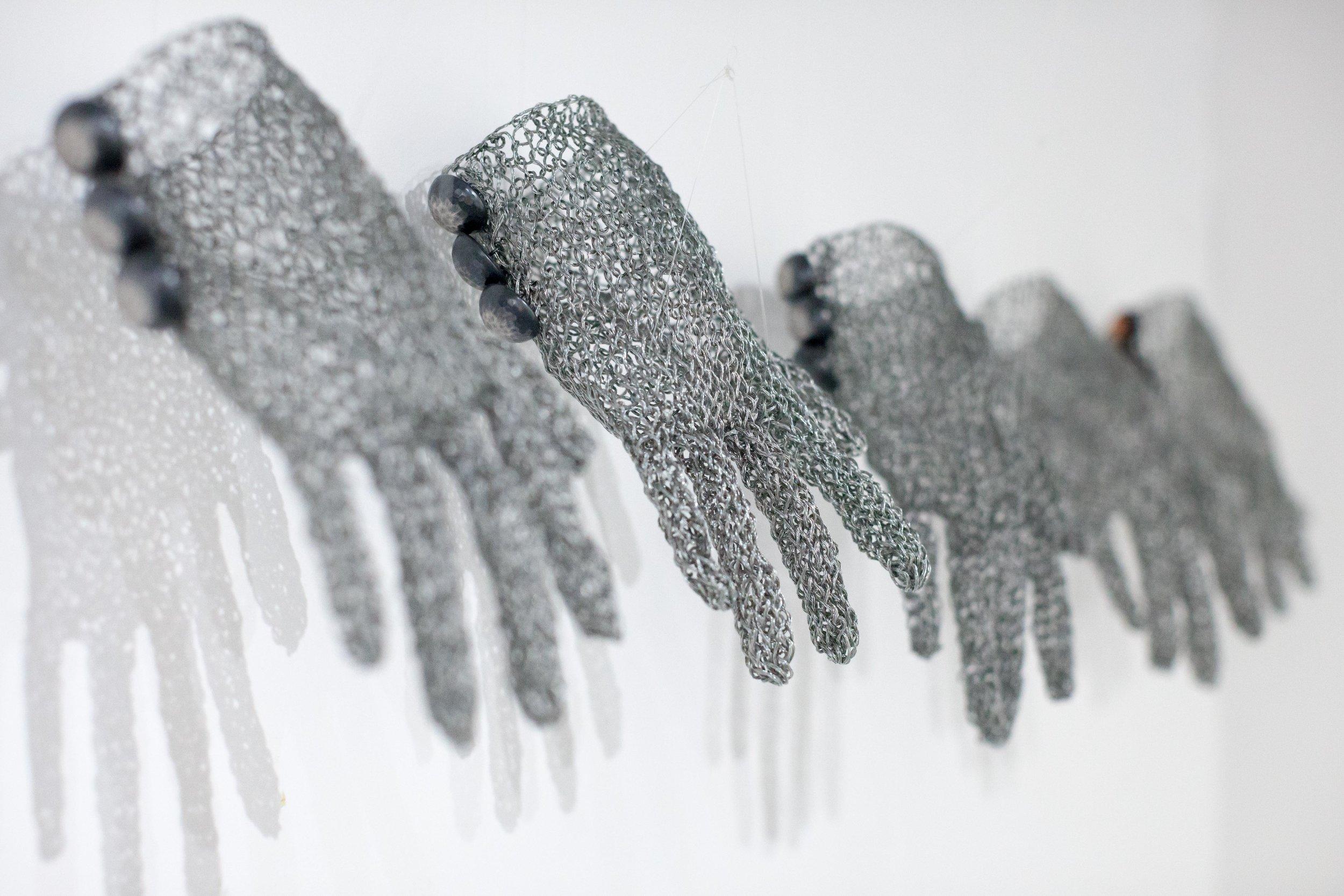 Gloves (2).jpg