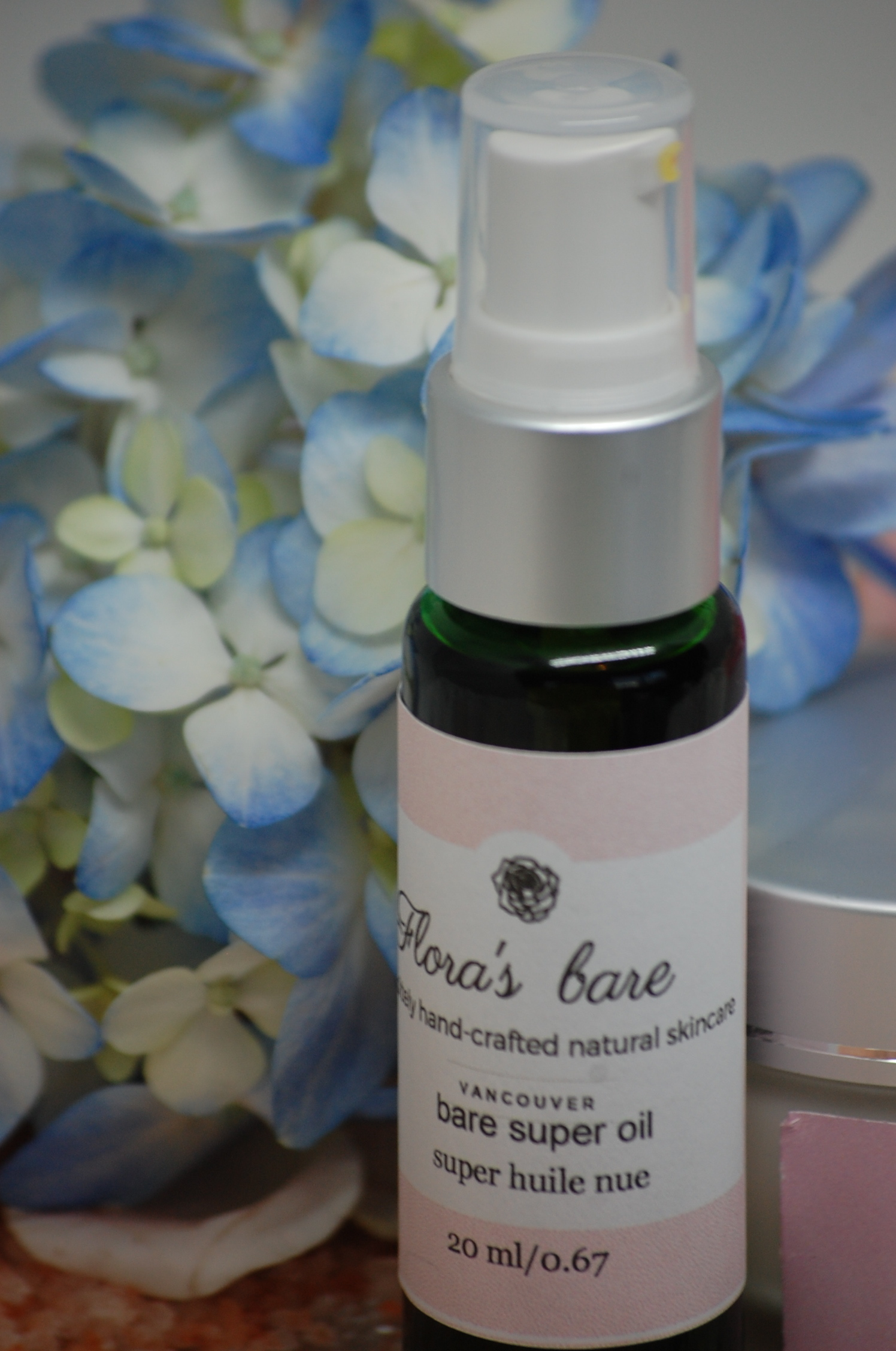 Bare Super Serum - it's called SUPER for a reason, it's packed with potent oils for SUPER result! Here's a few: - Rose hip Seed Oil - our serum is comprised of 45% of this amazing oil, derived from the seeds of rose bushes through cold press extraction. It is known to have significant anti-aging benefits as it is packed with vitamins E,C,F and pro-vitamin A which contribute to its antioxidant effect.Camellia Oil - rich in oleic acid and an assortment of vitamins, namely; vitamins A,B,C,D and E. Studies conducted on this oil have shown to increase pro-collagen, required in the process of collagen synthesis.Carrot Seed Essential Oil - this oil contains an interesting component called carotol. It is believed that this oil, which makes up 40% of the essential oil, aids in rejuvenating the skin, as well as firming and toning.Pomegranate Oil - contains a high concentration of antioxidant compound ellagic acid, which prevents and minimizes damage caused by ultraviolet radiation and other pollutants. Another component, punicic acid provides hydration to the skin and aids in stimulating collagen and elastin.Chia Seed Oil - this powerful seed oil is loaded with unusually high levels of phytonutrients and antioxidants more so than blueberry seed oil. Not to mention Alpha Lipoic acid; a powerful antioxidant that helps to minimize fine lines, wrinkles and enlarged pores.There's more, yep, go to serums and eye creams page to see complete list.