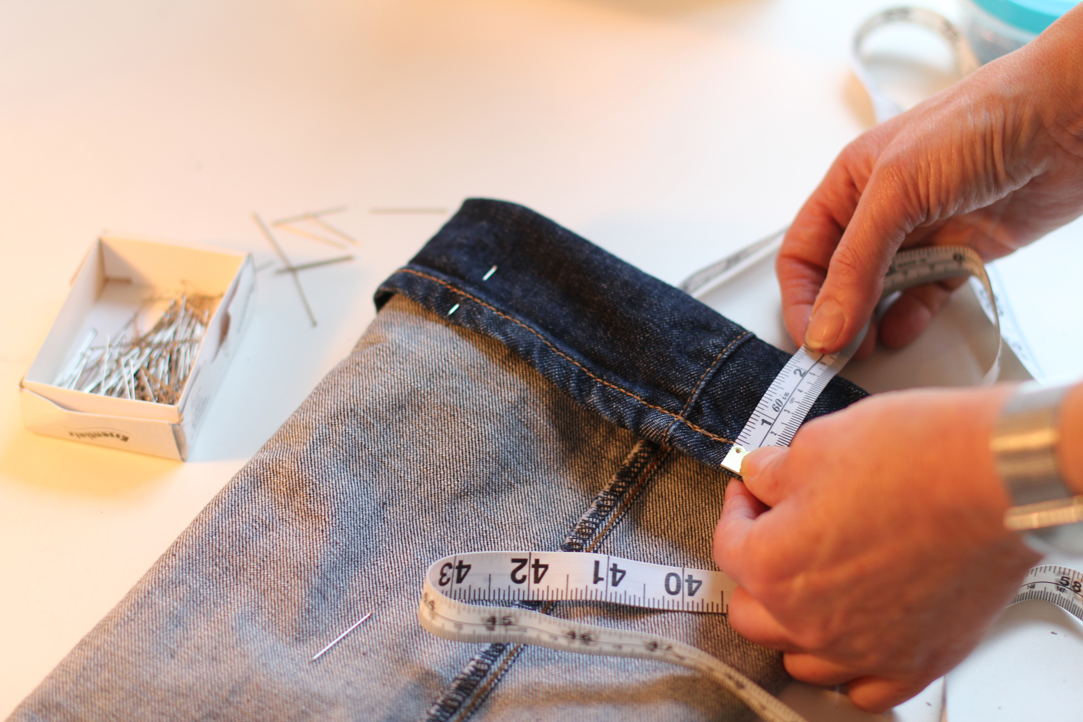 55_altering_jeans_and_trousers_small.jpg