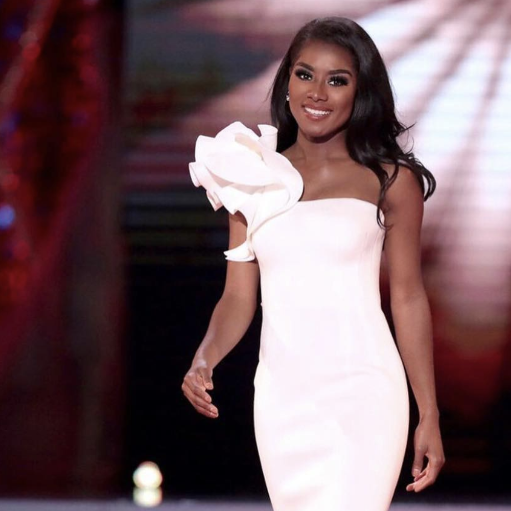 Opera singer and music graduate crowned Miss America 2019 - Maddy Shaw Roberts