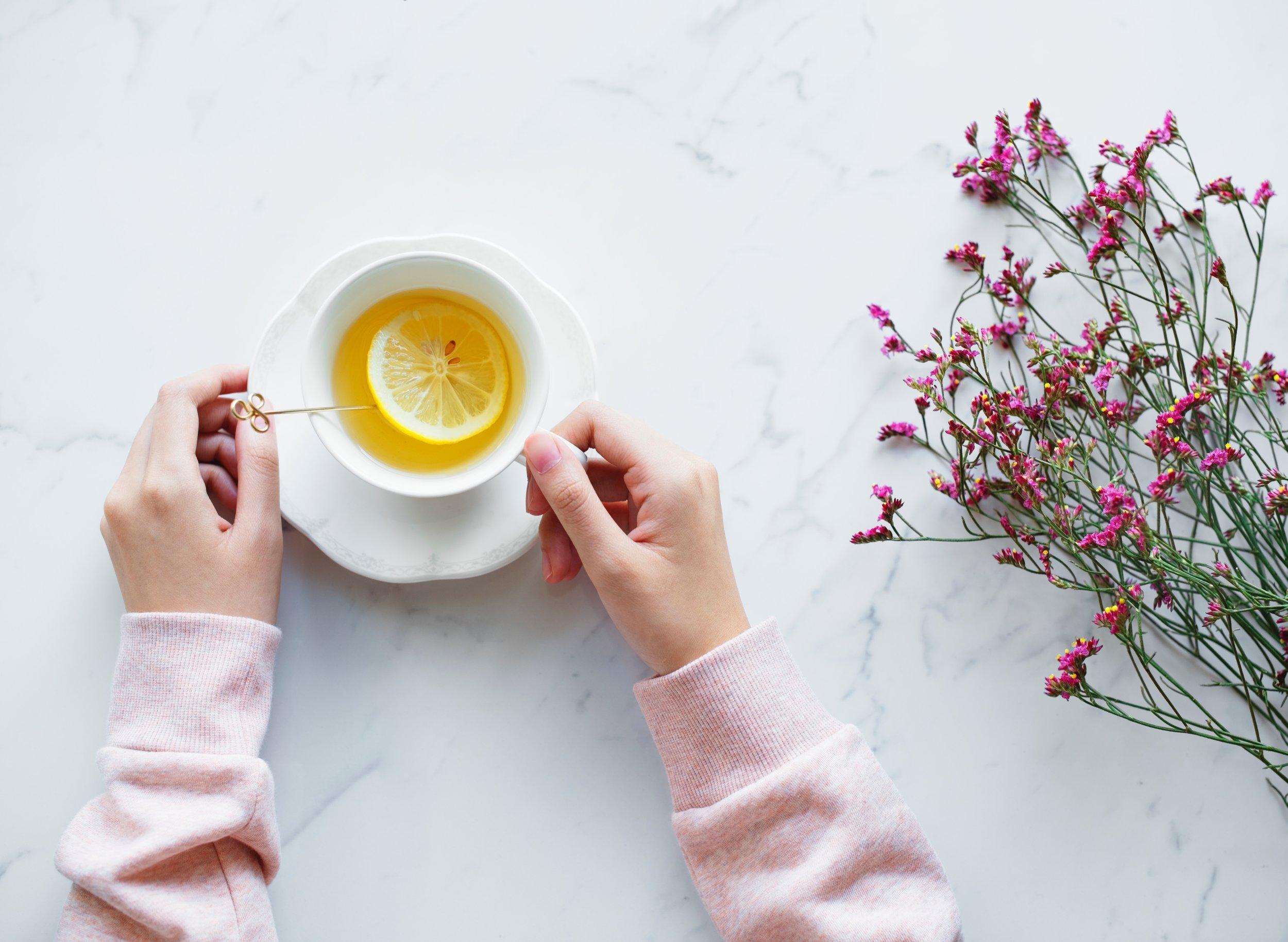 lemon-and-honey-drink.jpg