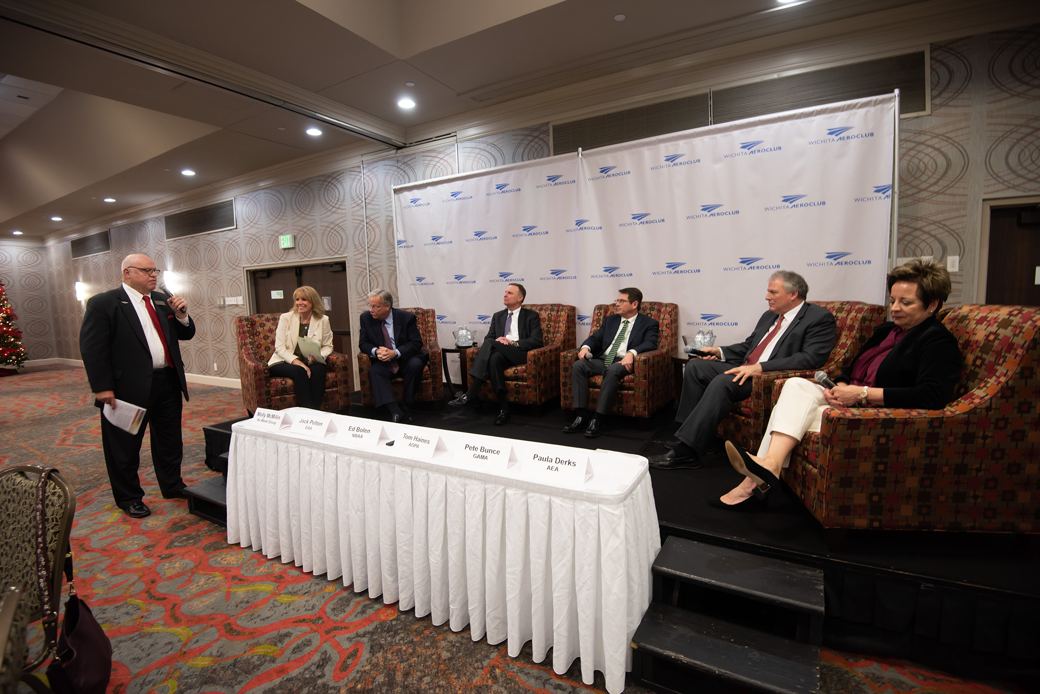 The 2018 panel included  Jack Pelton, President and CEO of EAA, Ed Bolen, President and CEO of NBAA, Pete Bunce, President and CEO of GAMA, Tom Haines, Senior Vice President, Media and Outreach AOPA, Paula Derks, former President of AEA.