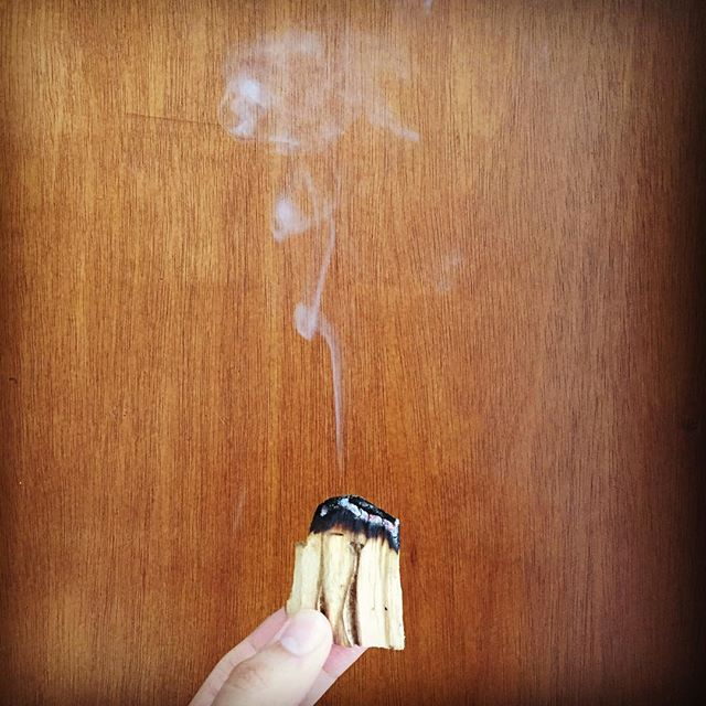 """Does your home need some heavy duty energy clearing? If so, let's talk about an easy 3-step method to clear out negativity and welcome in positive vibes. All you will need is palo santo, myrrh incense sticks, and Florida Water. Step 1) Light a stick of palo santo and let the smoke fill up every corner of your home. Make sure to open up all the closets, cupboards, and drawers in each room and let the smoke clear out these spaces as well. Once every room has been """"smudged,"""" open all of your windows and let the smoke get carried away, taking the negative energy along with it.  Step 2) Light one myrrh incense stick in each room and let it burn out completely. This will replace the negative energy that had just been cleared out with positive energy.  Step 3) Fill a spray bottle with equal parts of Florida Water cologne and regular water (bottled or tap works just fine) and begin spraying this mixture in every room. Florida water not only clears negative energy but also protects and attracts positivity.  #energyhealing #energycleanse #cleanseyourenergy #energyclearing #houseclearing #exorcism #banishing #palosanto #myrrh #floridawater"""