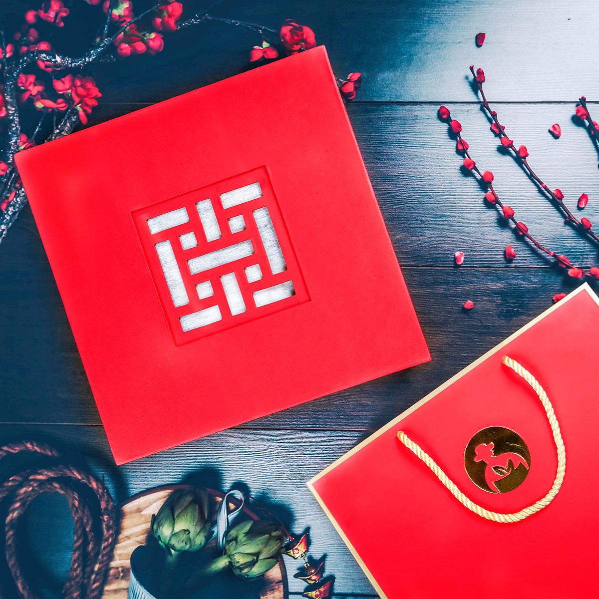 Giá chỉ từ 274,000 đ - Với ưu thế là thương hiệu sản xuất, đóng gói và bán lẻ trực tiếp, L'angfarm có thể mang đến cho khách hàng những bộ quà tết chất lượng cao với mức giá hợp lý