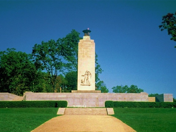 Gettysburg Memorial:architect Paul Philippe Cret (1876-1945), sculptor Lee Oscar Lawrie (1877-1963).[1]Photo: User:Accurizer - Photo: Public Domain, https://commons.wikimedia.org/