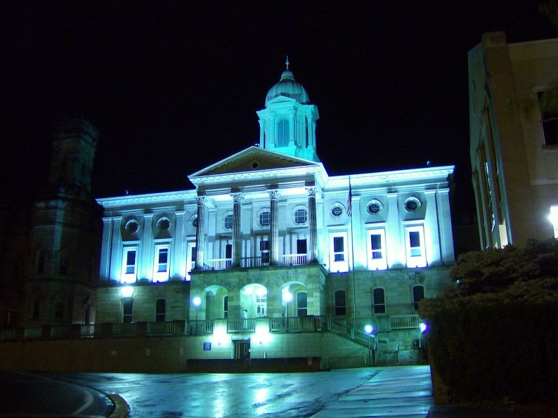 Armstrong County Courthouse - Photo Credit: Nyttend [Public domain], from Wikimedia Commons