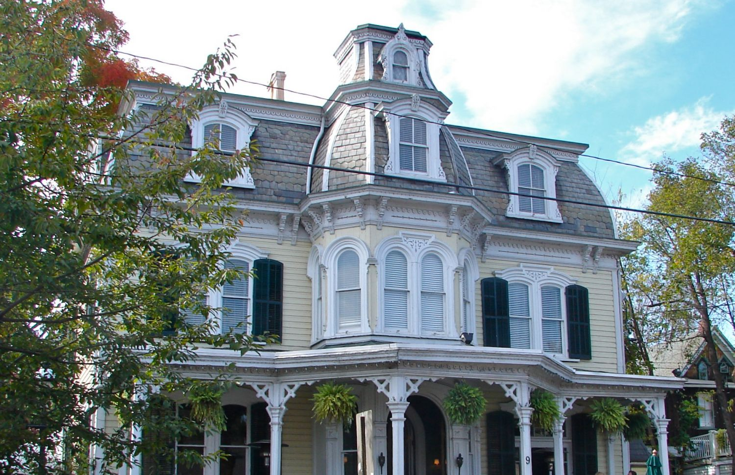 New Hope - Mansion Inn - Photo Credit: Smallbones [Public domain], from Wikimedia Commons