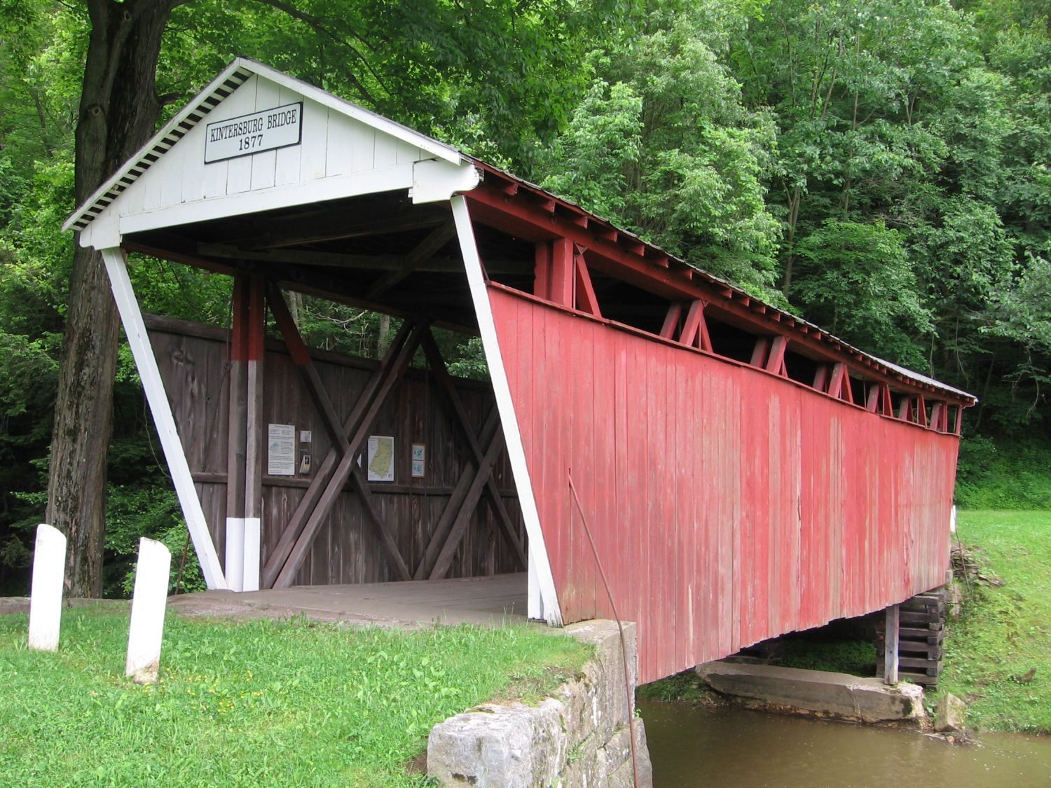 Kintersburg Covered Bridge - Photo Credit: By Mvincec - Own work, Public Domain, https://commons.wikimedia.org/w/index.php?curid=11875403