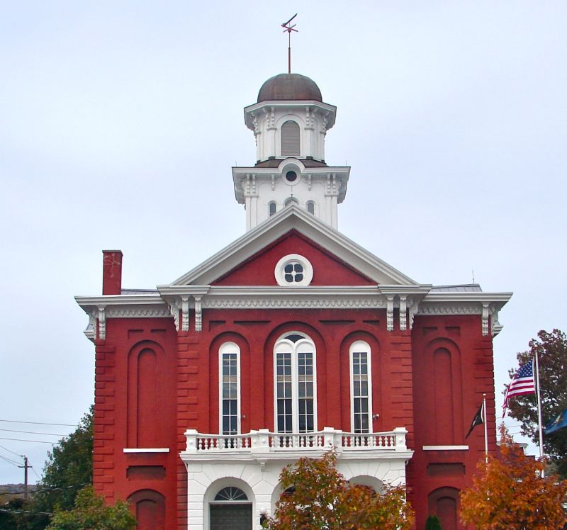 Montour County Courthouse - Photo Credit: By Smallbones - Own work, CC0, https://commons.wikimedia.org/w/index.php?curid=17049200