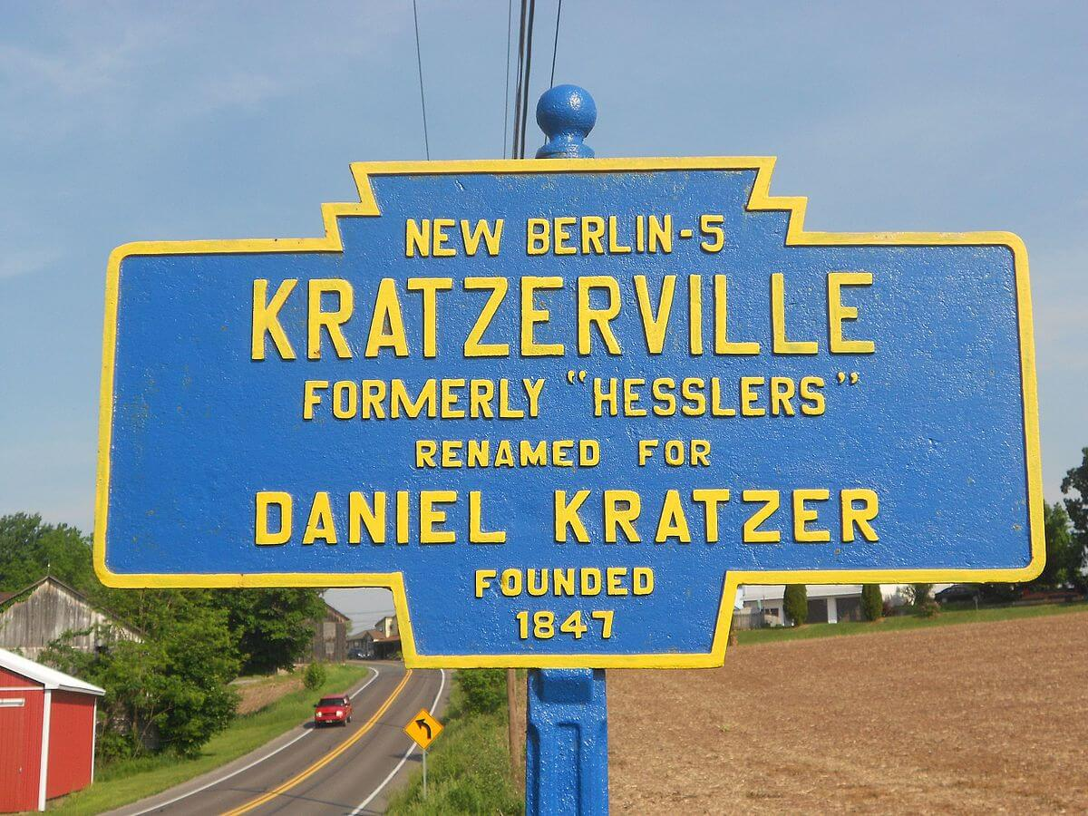 Kratzerville Pennsylvania Road Marker Welcome Sign - Photo Credit: By Smallbones - Own work, CC0, https://commons.wikimedia.org/w/index.php?curid=49286947