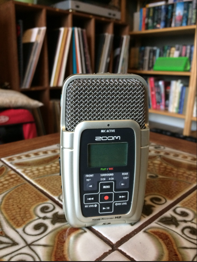 The Zoom, a travelling interviewer's most important tool.
