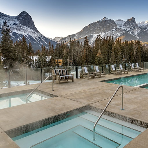 outdoor-hot-tubs-768x511_1_orig.jpg