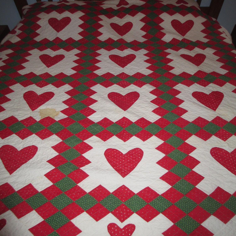 Christmas Heart Quilt