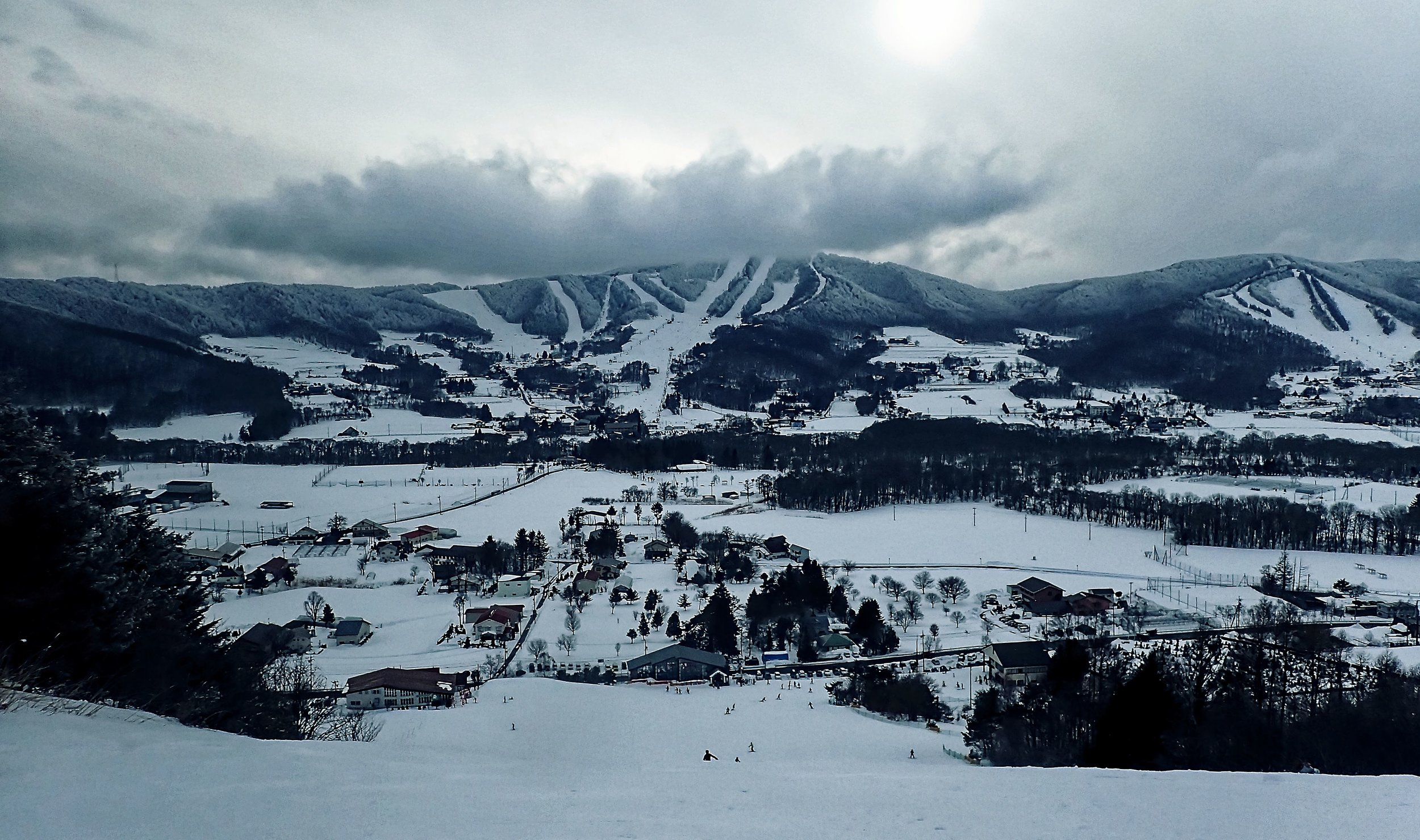 Amazing views of the surrounding slopes in Sugadaira, Nagano