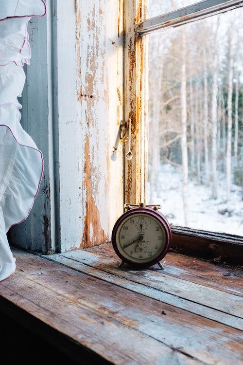clock on windowsill rustic interior shabby chic.jpg