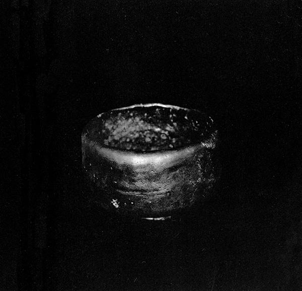 "Chojiro I, Black raku tea bowl called ""Koto"", photo by Ueda Yoshihiko, from  White"