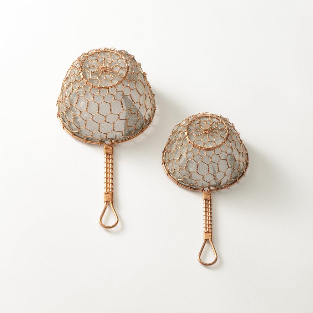 Copper tea strainer by Kanaami-Tsuji