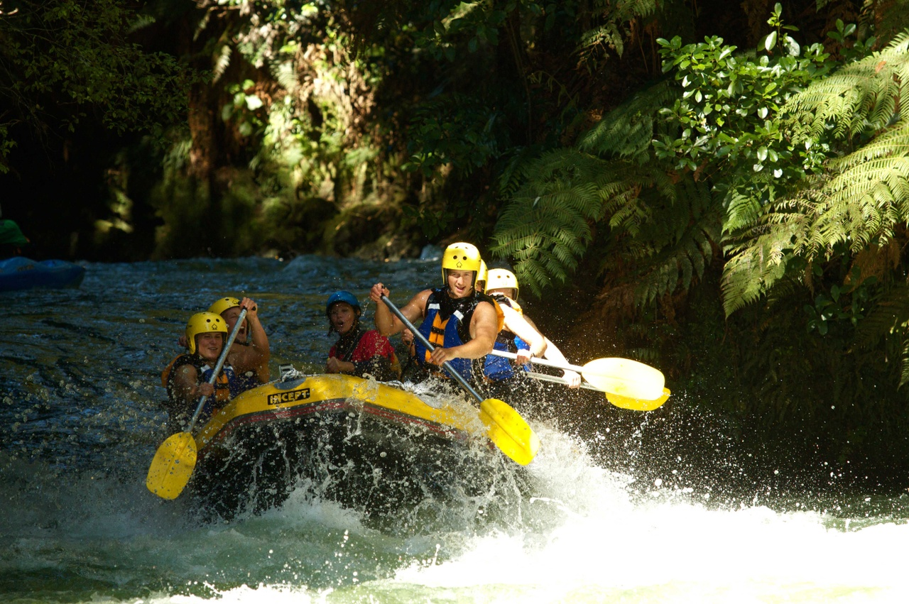 Rafting-in-Rotorua.jpg