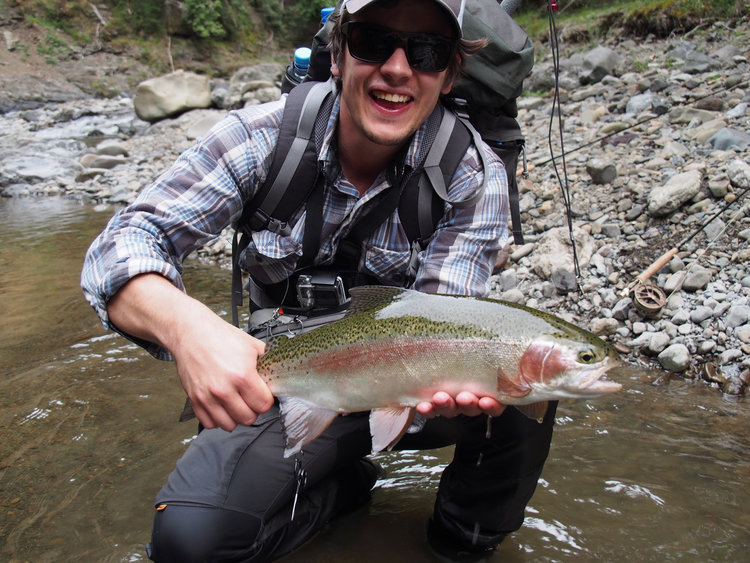 Stream+fly+fishing+and+Rainbow.jpg