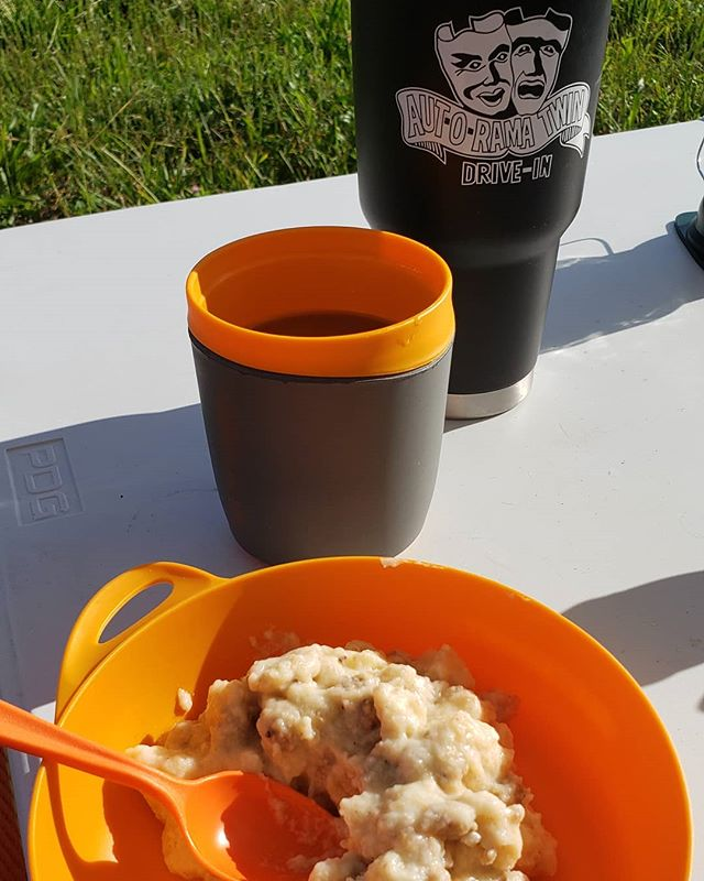 Our favorite way to morning: @mtnhouse biscuits and sausage gravy + our @autoramadrivein thermos brimming with #beanjuice. ☕ 🥣 ⠀⠀⠀⠀⠀⠀⠀⠀⠀⠀⠀⠀ ⠀⠀⠀⠀⠀⠀⠀⠀⠀⠀⠀⠀ #teardroptrailer #teardropcamper #teardropcamping #teardroplife #rvlife #homeiswhereyouparkit #camper #camperlife #camping #glamping #getoutside #wanderlust #exploremore #adventureisoutthere #goingplaces #exploredreamdiscover #wanderlustlife #womenwhotravel #travelbuddies #travelgram #travelhappy #travelpodcast #travelblogger #campertrailer #campingweekend #weekendcamping #weekendroadtrip #campfood