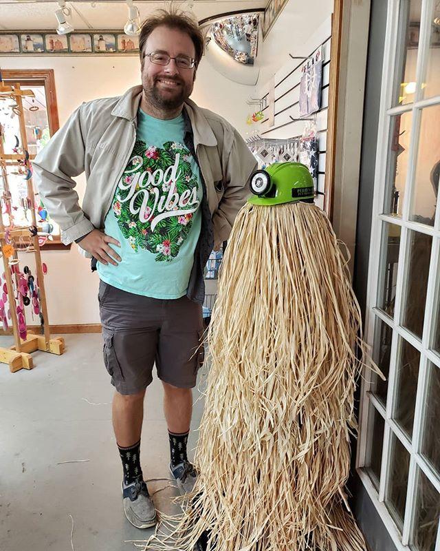 Herman Munster and Cousin Itt on the Haunted #PerrysCave Tour. 🧟♂️👻 #putinbay #putinbayisland #lakeeerie #lakeerieshoresandislands #lakeerie #lakeerielove #halloween #spookyvibes #ohioblogger #ohiobloggers #cleblogger #clebloggers #midwestblogger #ohio #ohioexplored #ohiogram #ohiofindithere