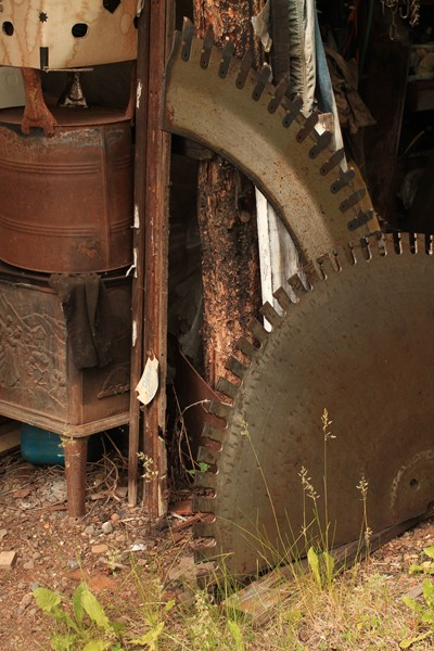 Recovered high carbon lumber mill saw blade steel