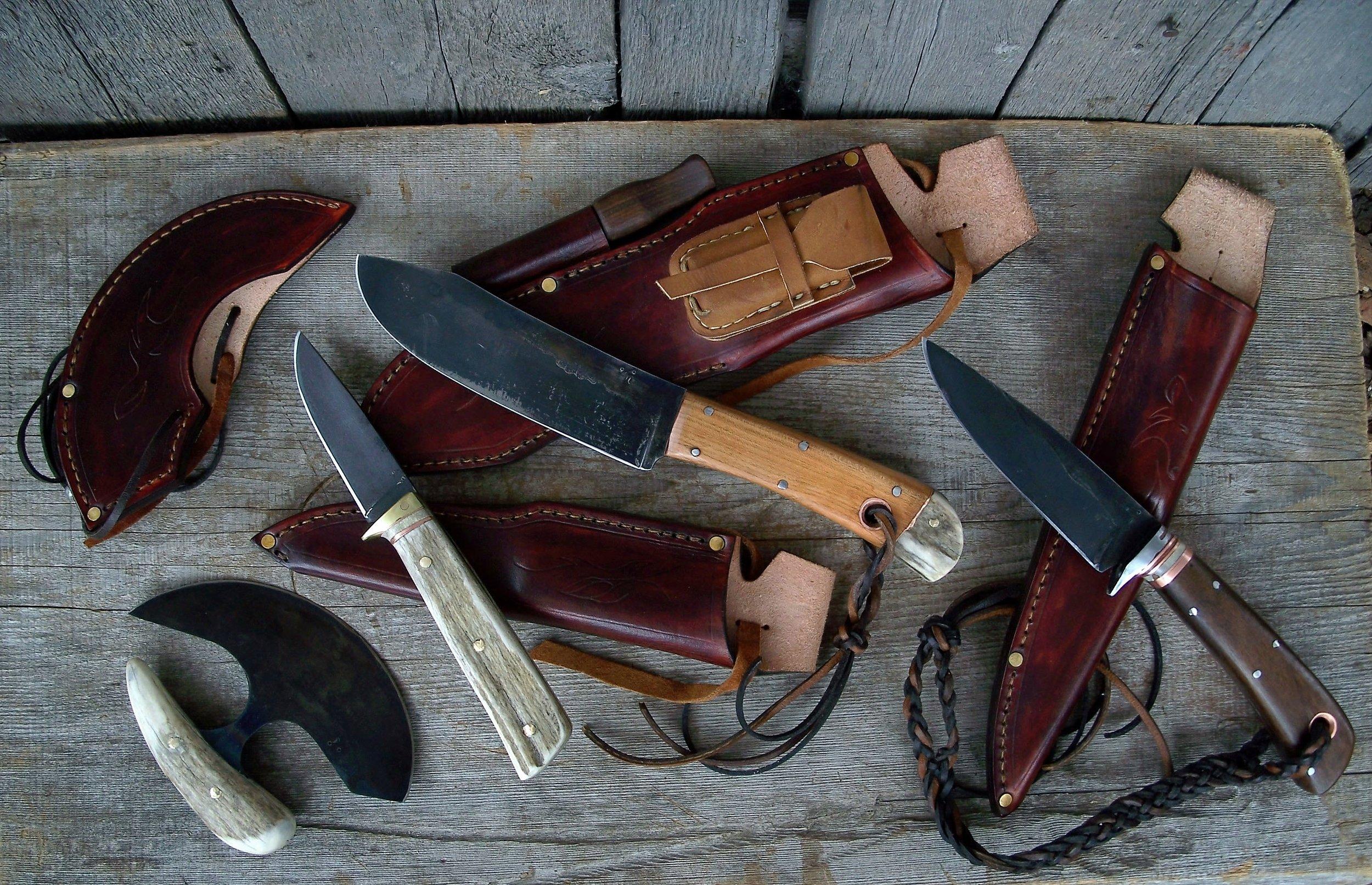 4 Hunting Knives Set