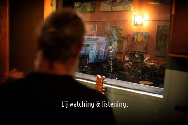 9_Lij-watching-and-listening.jpg
