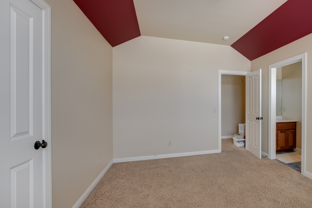 31_21670 Monteray Ave Prior Lake MN (31 of 45).jpg