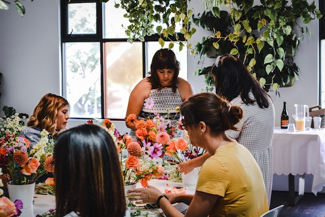 Students designing // Blooms & Bubbly at Pigment Studio